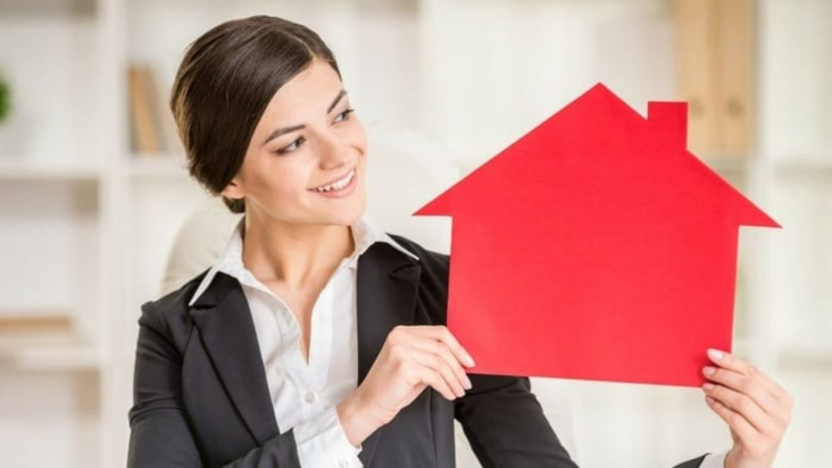 4 Tips for Interviewing a Real Estate Agent